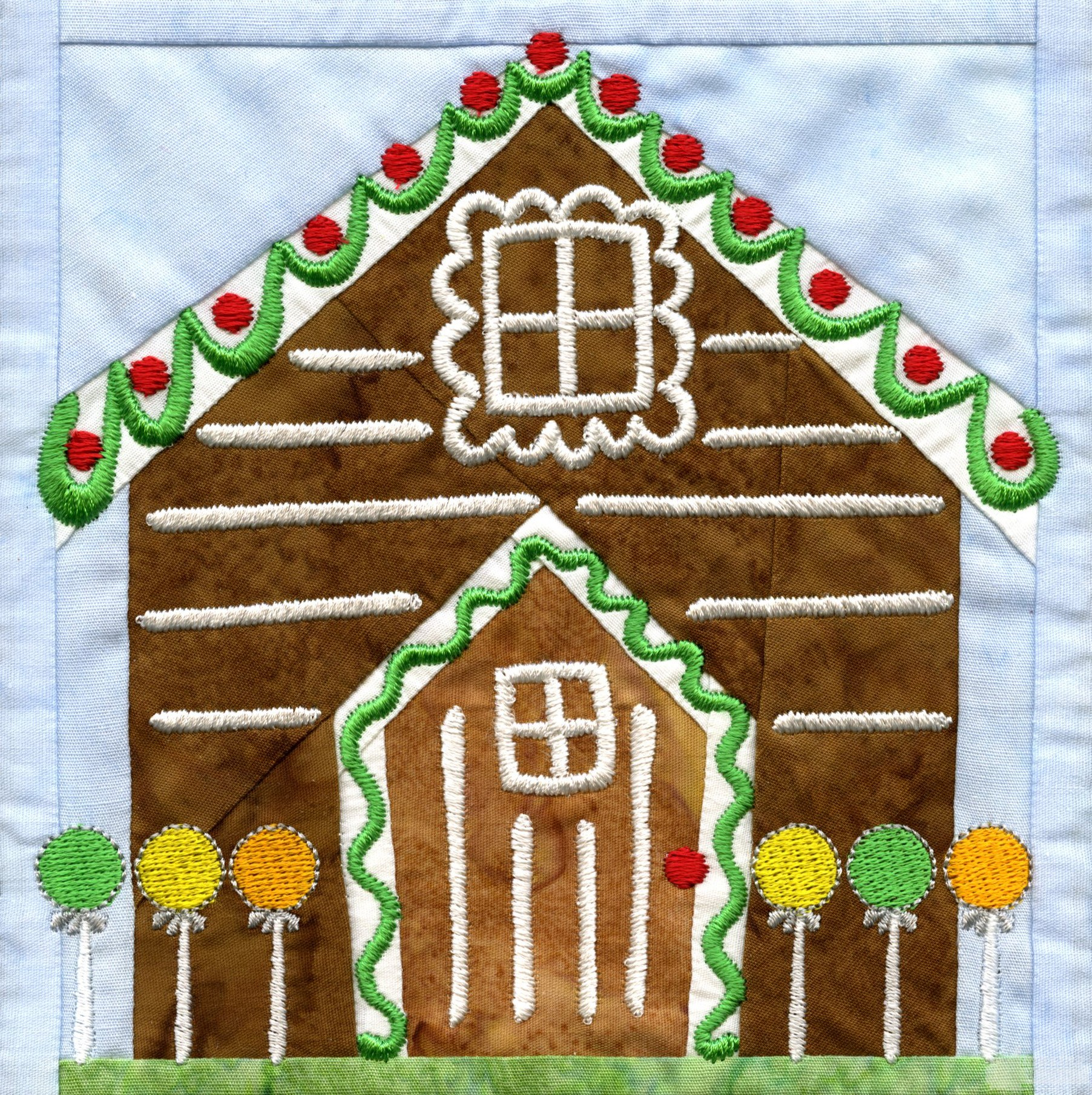 Gingerbread House Quilt Pattern Free : Gingerbread House In-the-hoop Christmas Quilt Block