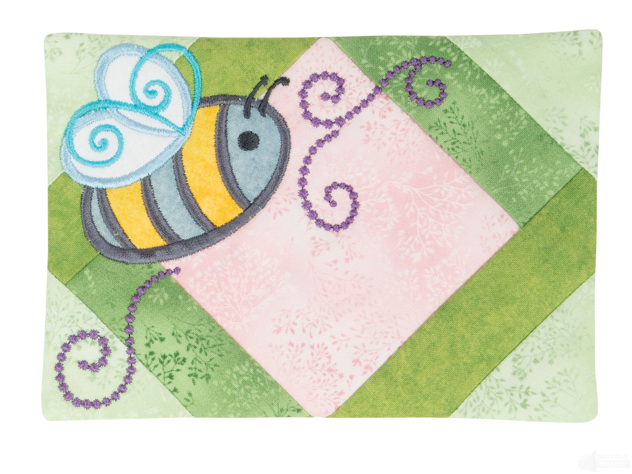 Pieced mug rug and busy bee embroidery design