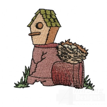 Birdhouse and Pots